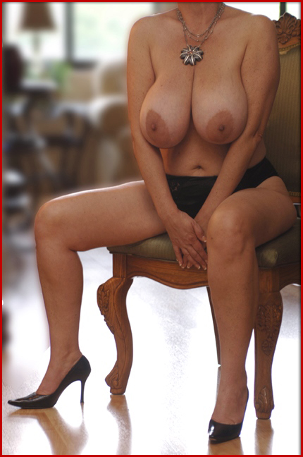 A mature woman with a young girl 5